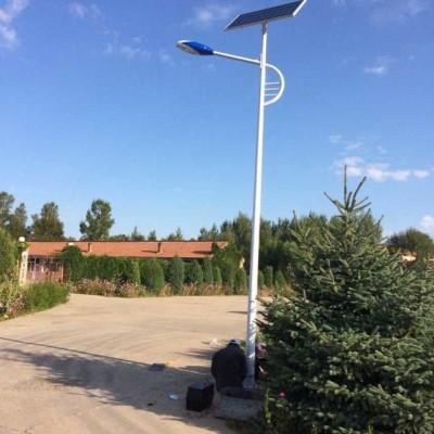学校门口路灯光伏发电路灯6米高20W路灯